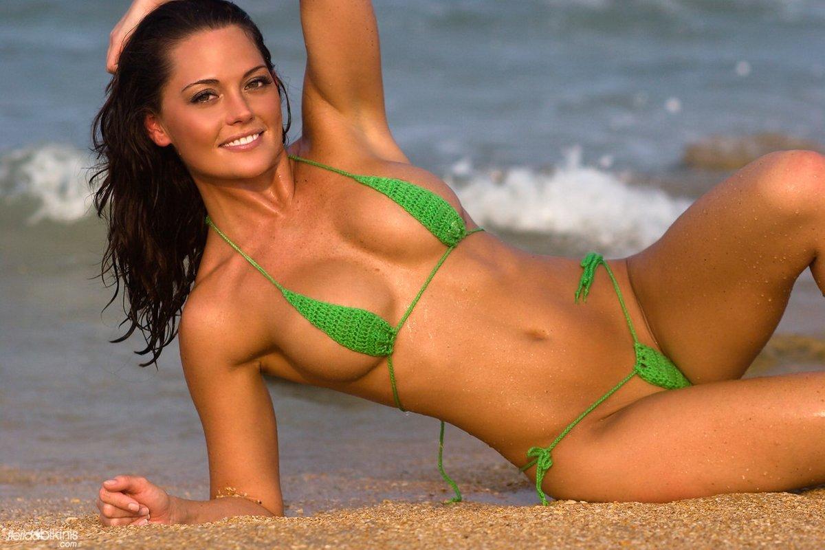 Hot bikini pic vid — img 2