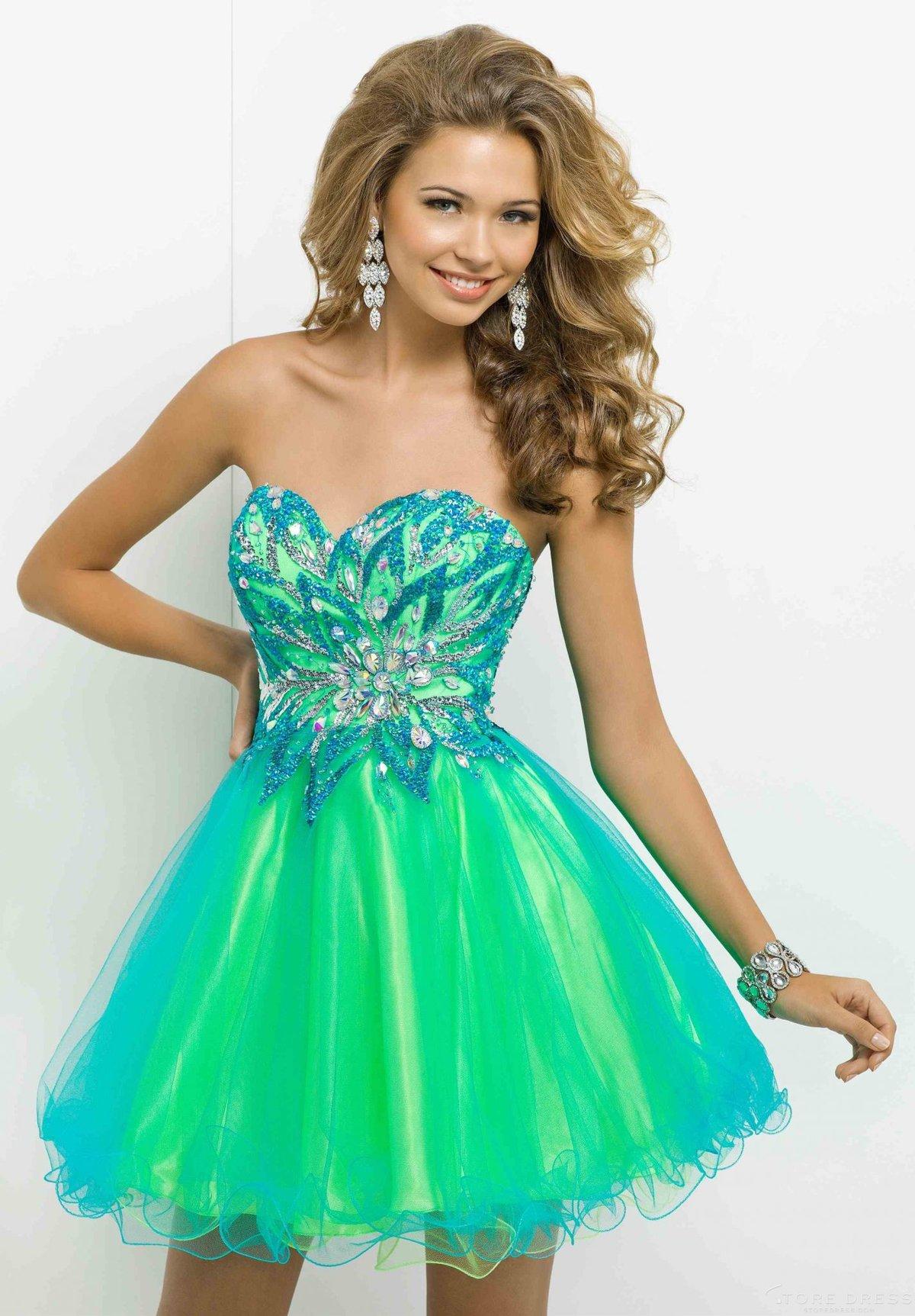 покажи картинки красивых платья превратить