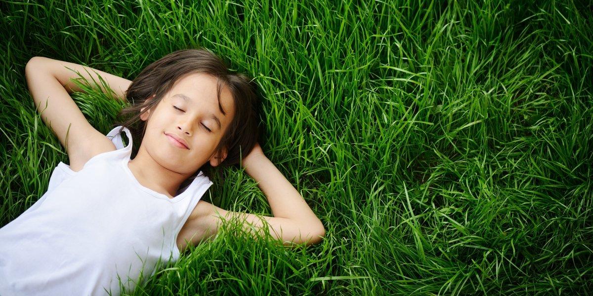 Красивые фото с детьми на траве