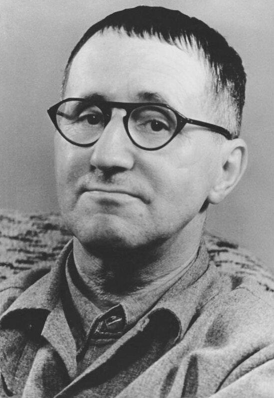 Бертольт Брехт, 1954 год