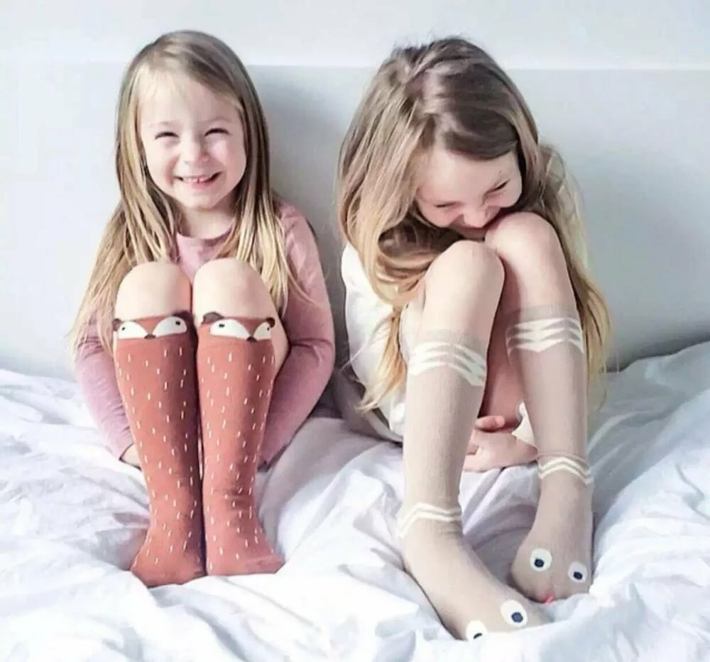teen-young-teen-tube-socks-her-body-gif