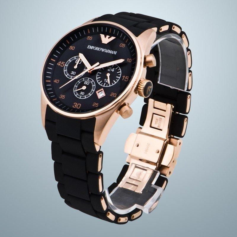 Часами очень доволен, на руке часы как