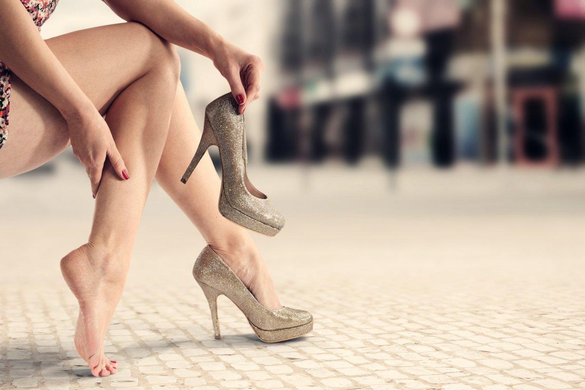 Ножки на шпильках фото