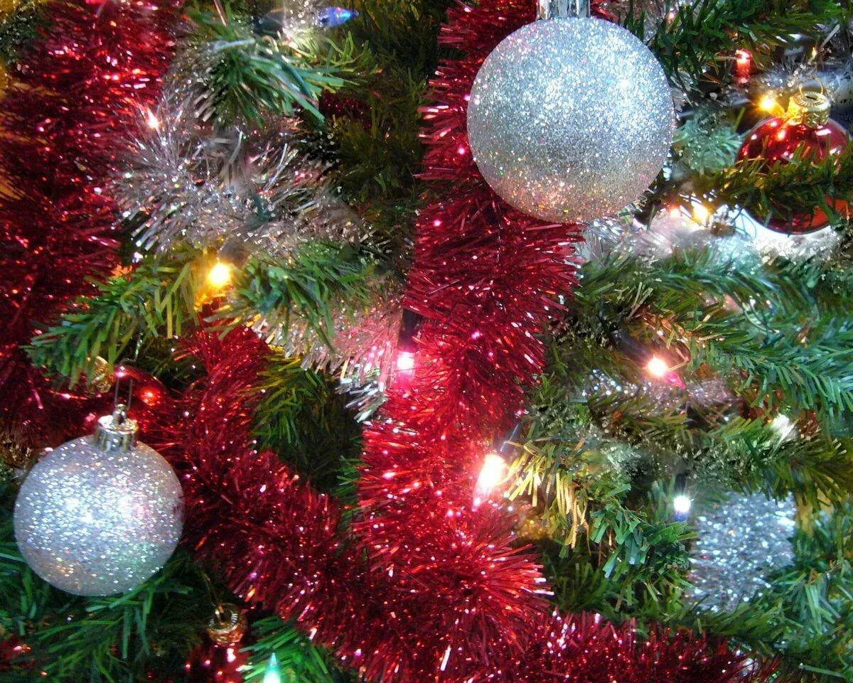 красивые картинки новогодние елки и игрушки россии смогли
