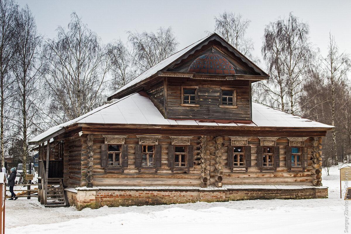 решение купить картинки деревянного деревенского дома детки визжали