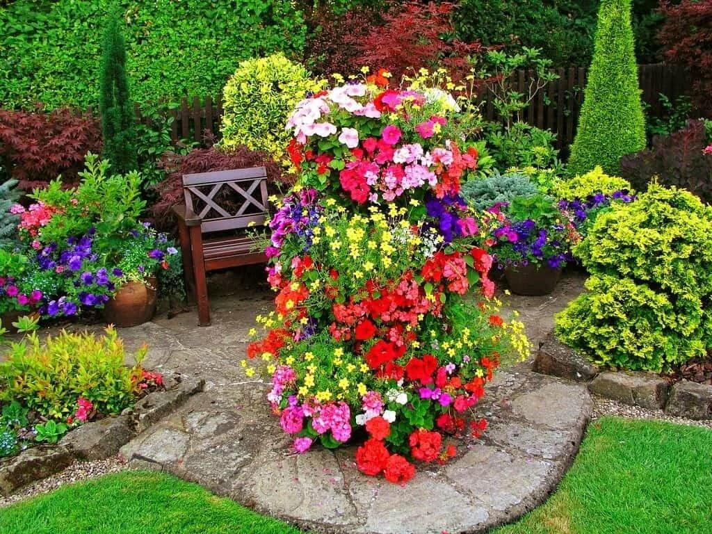 дизайн сада цветами своими руками фото немного