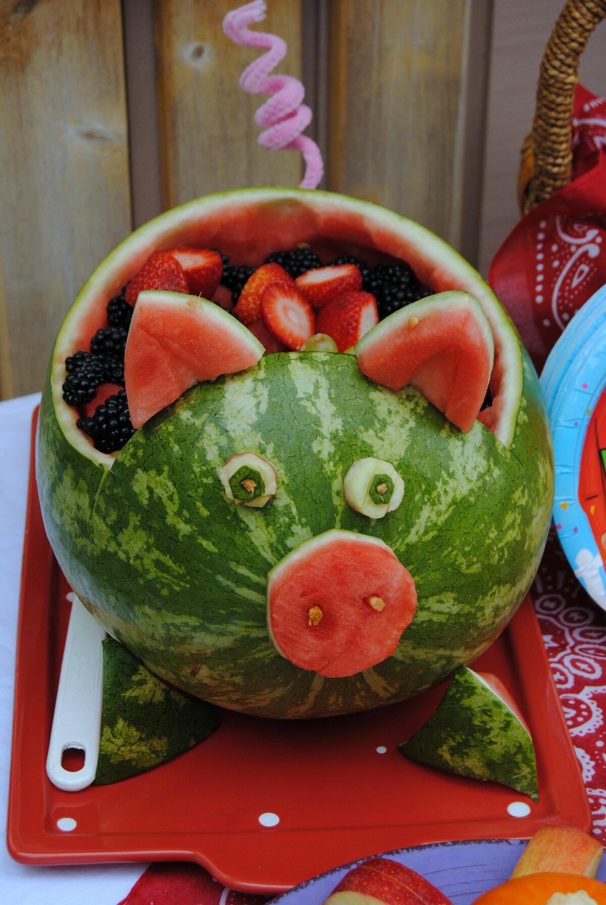 крышечке можно свинья в арбузах картинки такого возраста удовольствием
