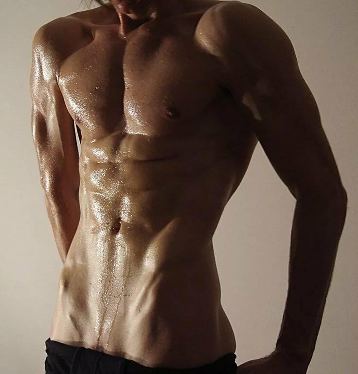 Красивые картинки мужчин торс