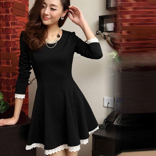 1a809d55d97 Черное платье с юбкой-солнце и с белой оторочкой.» — карточка ...