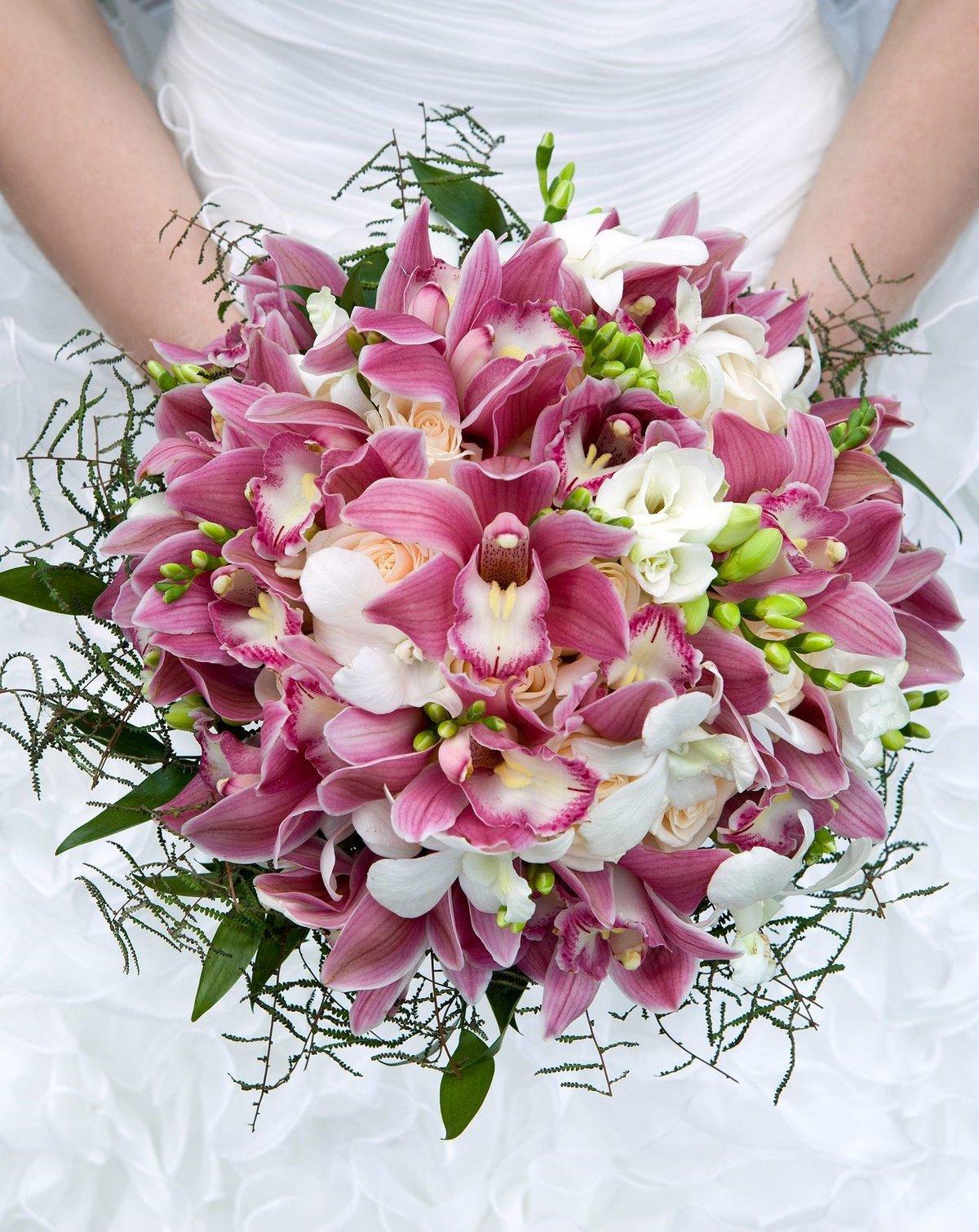 Зеленограде, свадебный букет орхидея и флор
