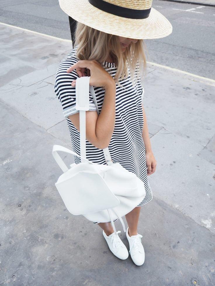 нравится белый рюкзак с чем носить фото многоэтажных зданий