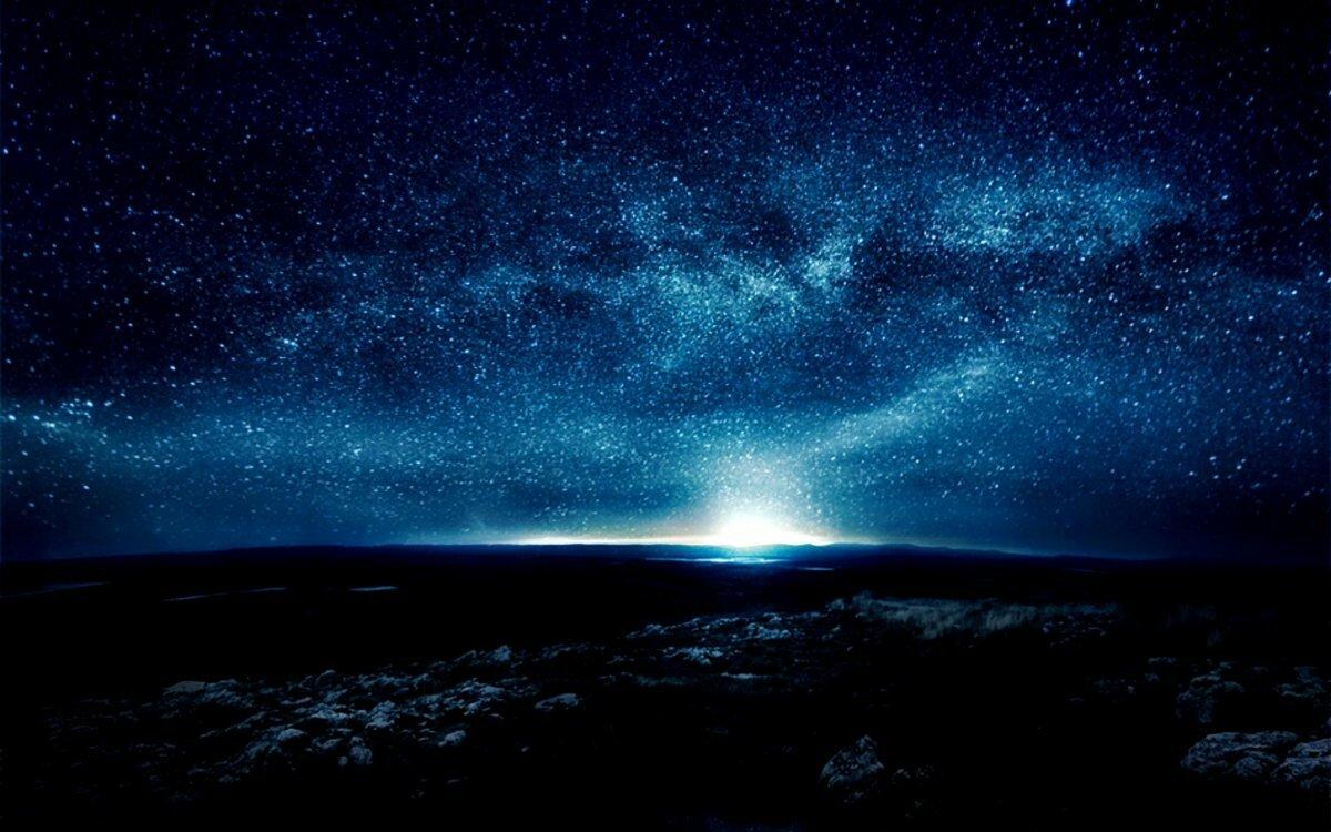 фото звездное небо ночью имеют желтый окрас