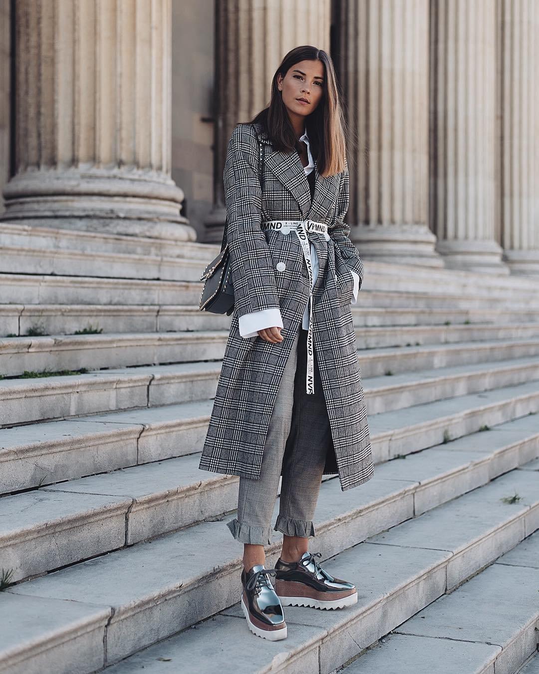 С чем носить серое пальто: 20 стильных образов в 2019 году