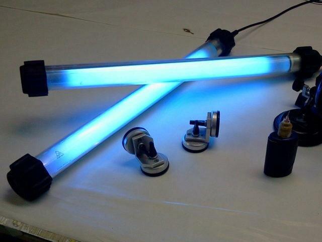 Ультрафиолетовая лампа для фотостудии
