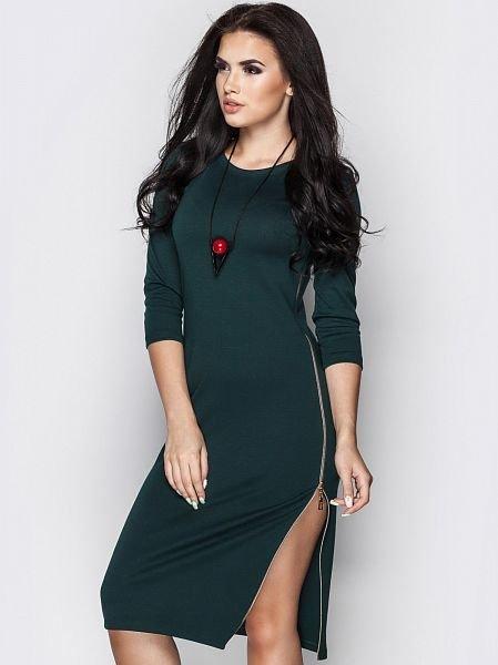 3b6e5b23deb Сбоку металлическая молния Стильное тёмно-зелёное женское платье выполнено  из французского трикотажа высокого качества. Сбоку металлическая молния