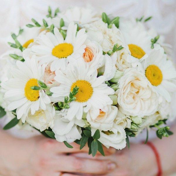 Ромашка в букете невесты, цветов гербера киров