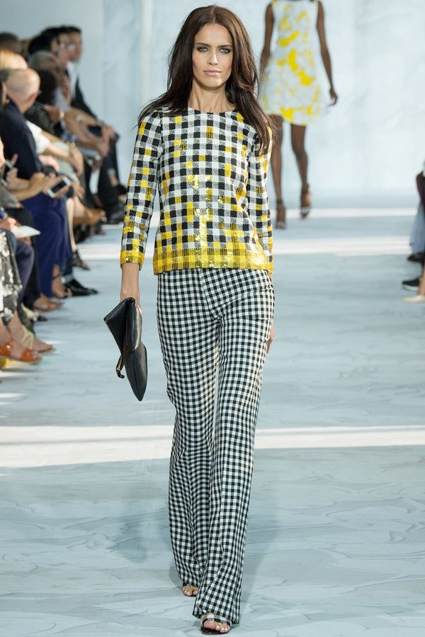 С чем носить женские брюки в клетку: в мелкую, крупную; коричневые ... | 900x600