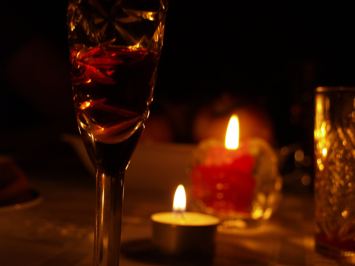 картинки бокал вина свечи варочные панели индукционные