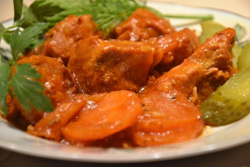 Рецепт тушеной свинины с овощами