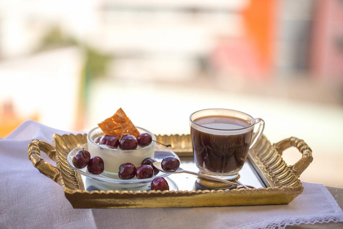 модель картинка чашка чая и десерт вход