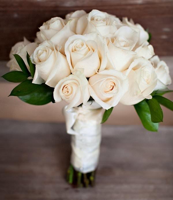 Орхидея, фото букетов невесты из роз