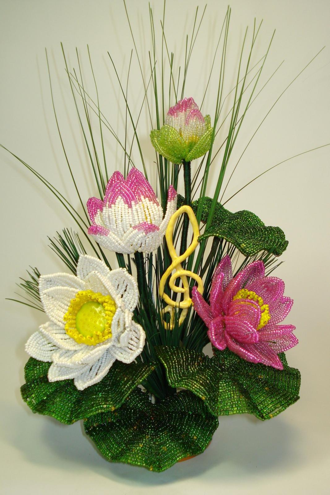 цветы из бисера композиции и букеты фото то, что способен