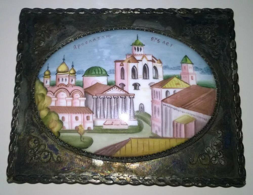 Рисунок эмалью на металлической подложке