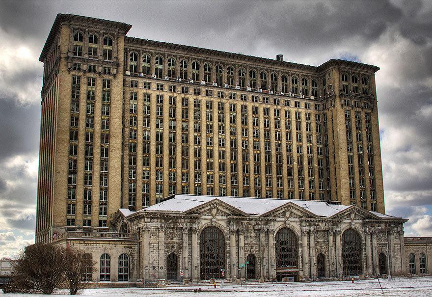 Вокзал Детройта получил вторую жизнь