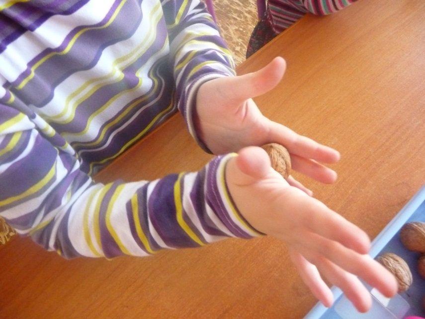 Картинки поиграем пальчиками