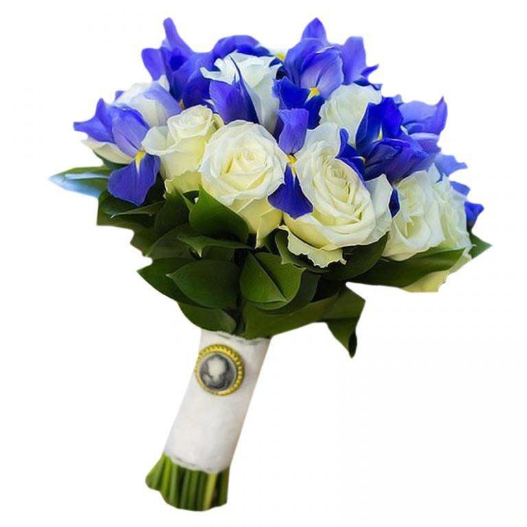 Цветы-розы, свадебный букет из 15 белых роз и ирисов