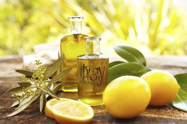Почистить печень лимоном и оливковым маслом