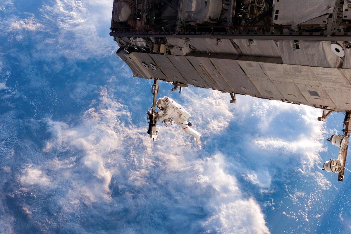 otkritiy-kosmos-foto