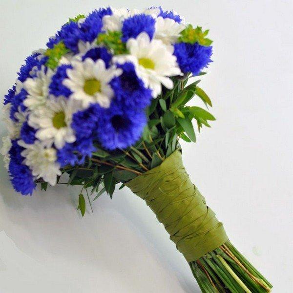 Букеты марта, букеты невесты ромашки васильками