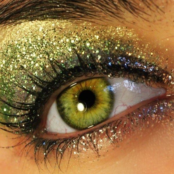 Днем, картинки зеленые глаза самые классные