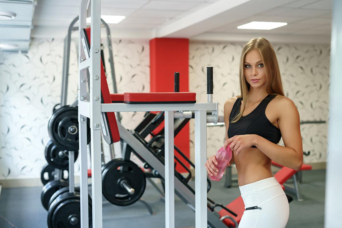 Женщины в фитнес клубе фото видео, парни трахаются фото смотреть