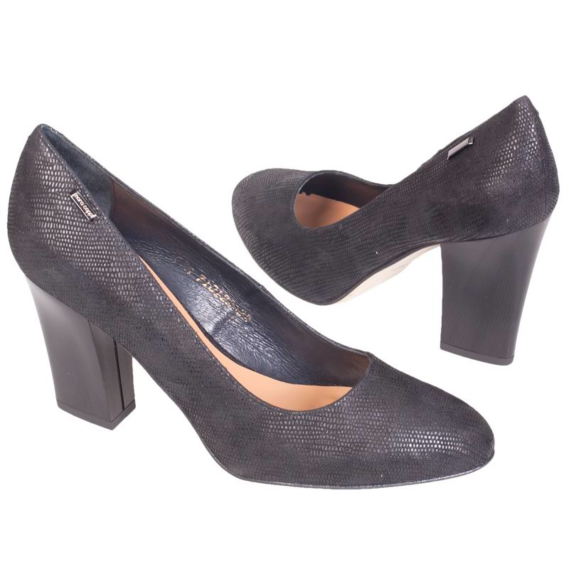 Туфли черные с белым купить