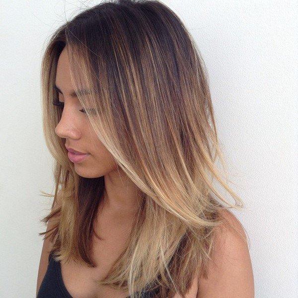 Стрижка на средние волосы с
