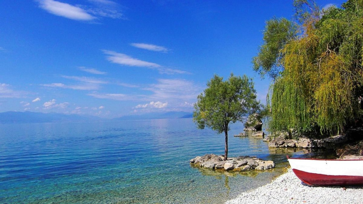 убирает фото озера охрид в македонии политика