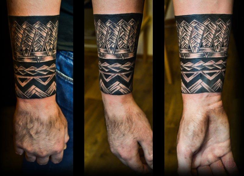 Татуировки для мужчин на руки браслет из узоров