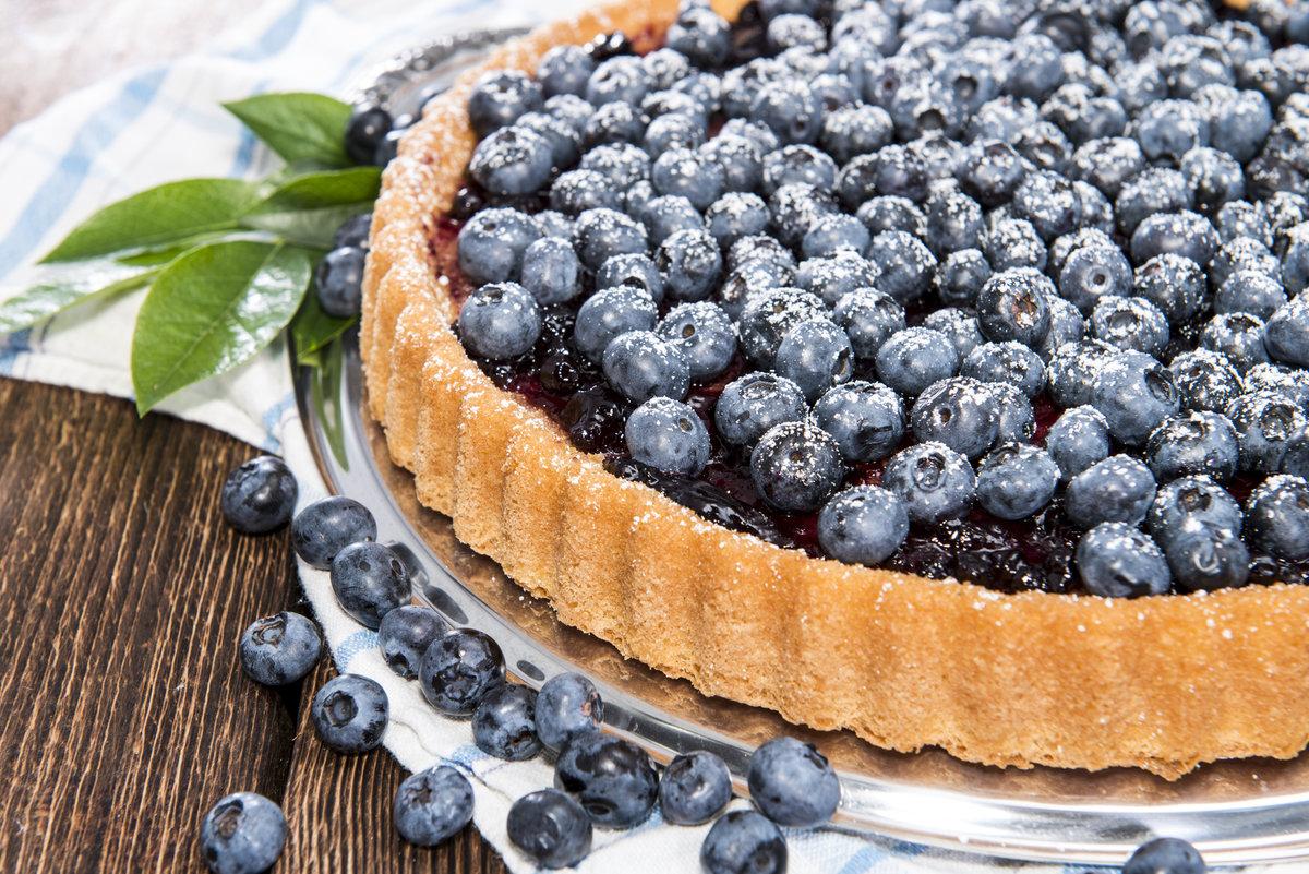 Информация о пищевой ценности продукта: венский пирог с черникой.