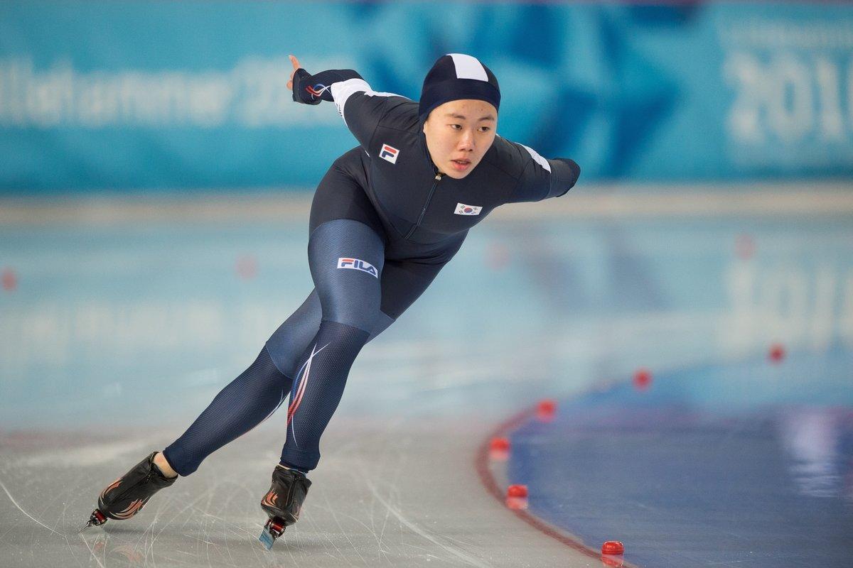 каталог фото о конькобежном спорте невидимое время вездесущее