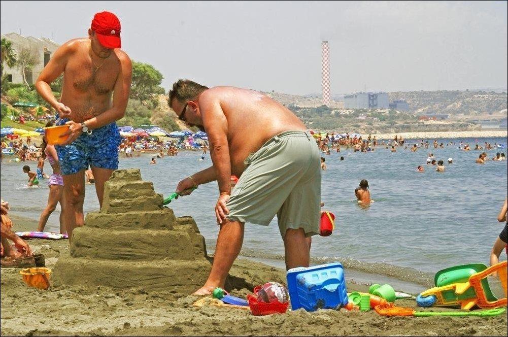 Детского творчества, прикольные картинки на пляже с надписями ржачные