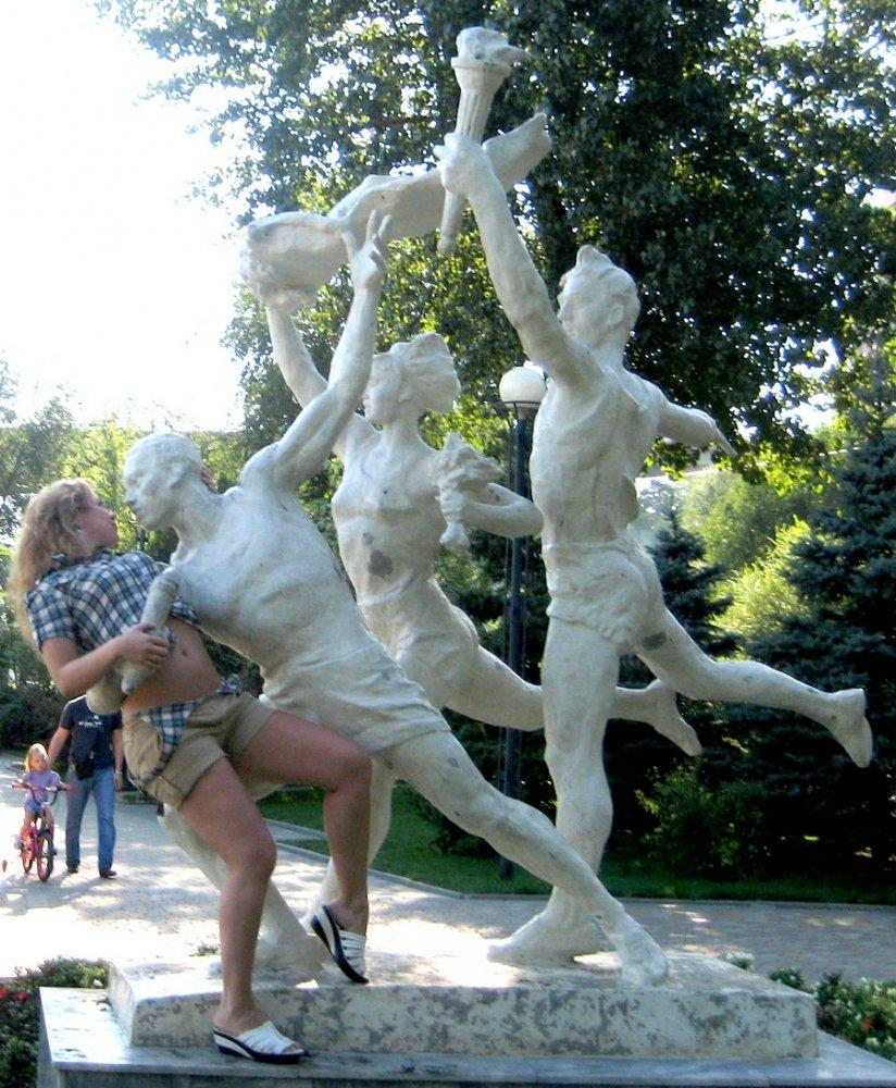 Для парня, прикольные картинки скульптуры