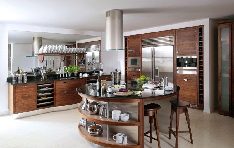 кухня с круглой формы островом