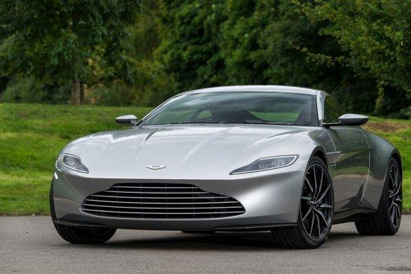 Aston Martin DB10 – это автомобиль, созданный в 2015 году специально для съёмок в кинофильме о Джеймсе Бонде под названием «Spectre».