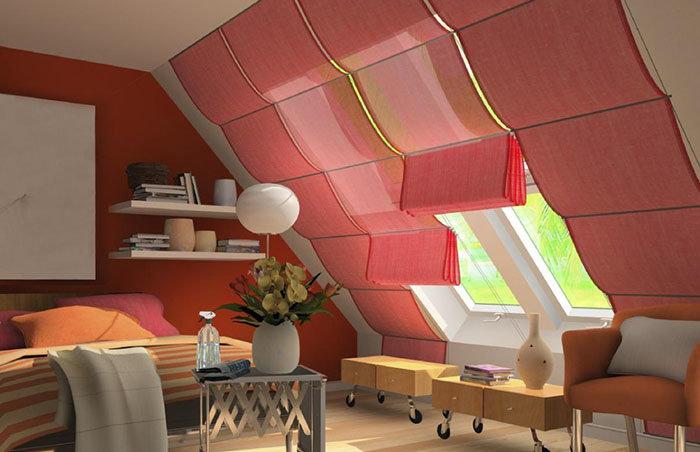 Какие выбрать шторы для мансардных окон?: Выбор шторы для мансарды - нелегкая задача.  Узнайте все о том, какие шторы подойдут для мансардных окон.