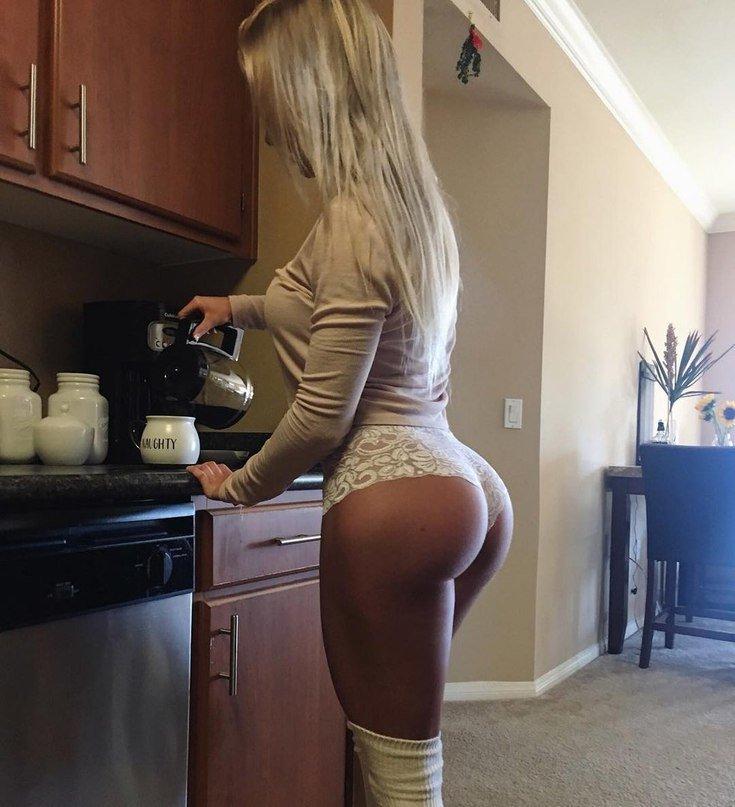 Фото блондинок с пышными попками