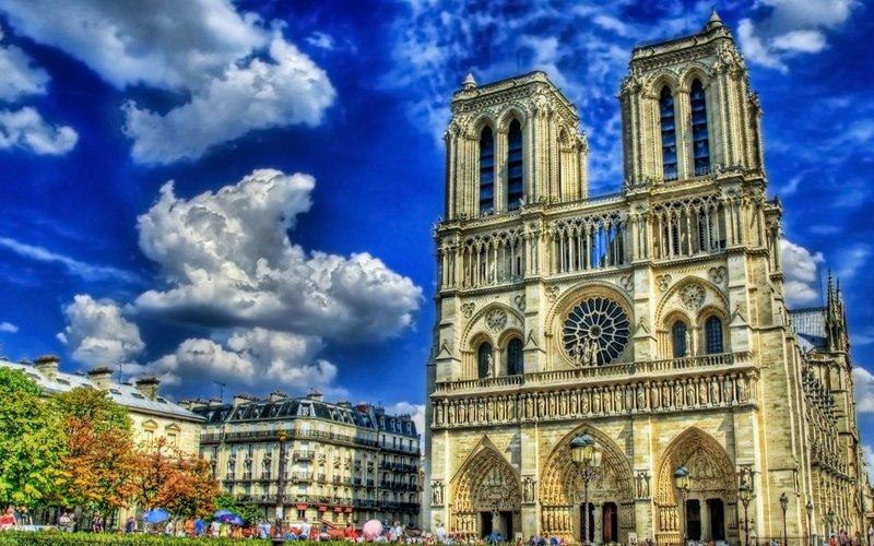 Нотр-Да́м-де-Пари, Париж, Франция