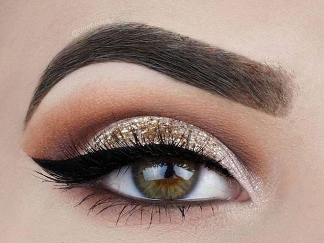 Макияж глаз на лето: ТОП-5 вариантов, которые стоит повторить ... Макияж глаз: золотистый цвет