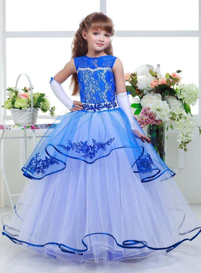 Что стоит учесть при выборе и какие шикарные платья подходят девочкам?